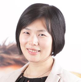 Kelly Tsai